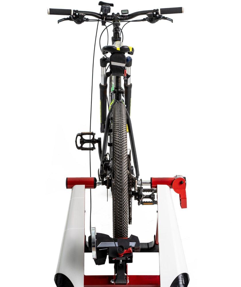 Bicicleta con rodillo